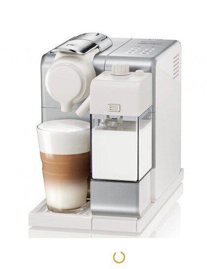 Капсульная кофеварка Nespresso EN 560.SILVER