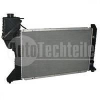 Радиатор охлаждения на Mercedes Benz Sprinter TDI 95-00 208-416  с кондиционером