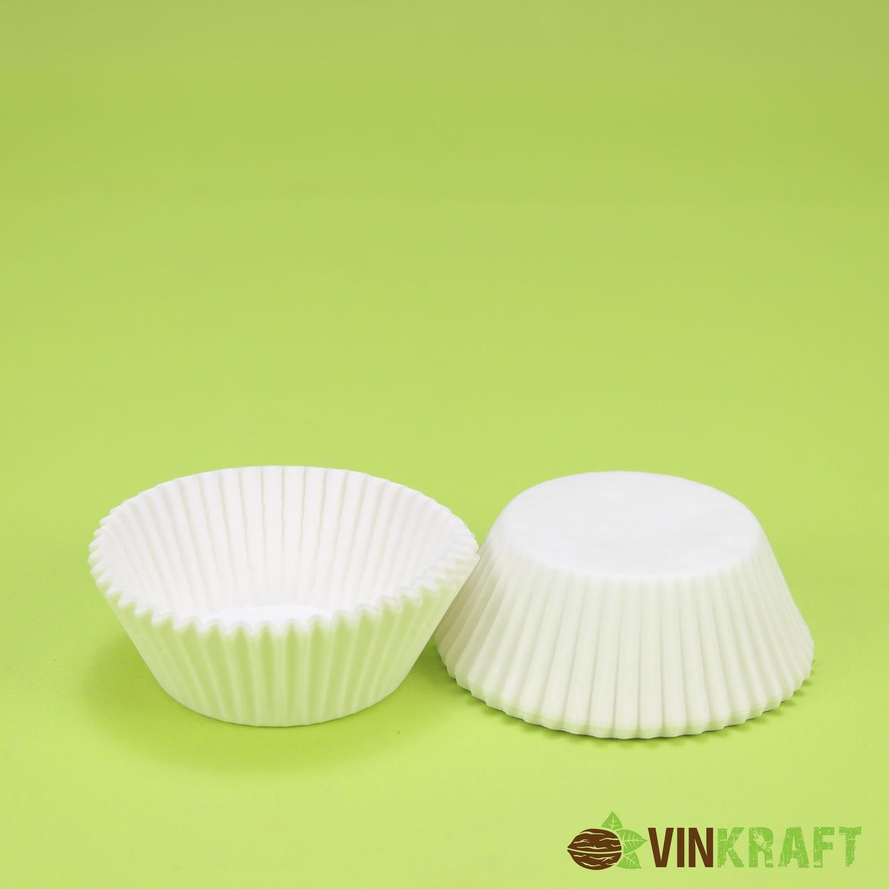 Паперова форма для кексів 7а (50х30), белая (грюн)