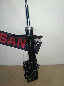 Амортизатор  передний правый Nissan Teana 08-14 Ниссан Тиана Б.У KYB 339228