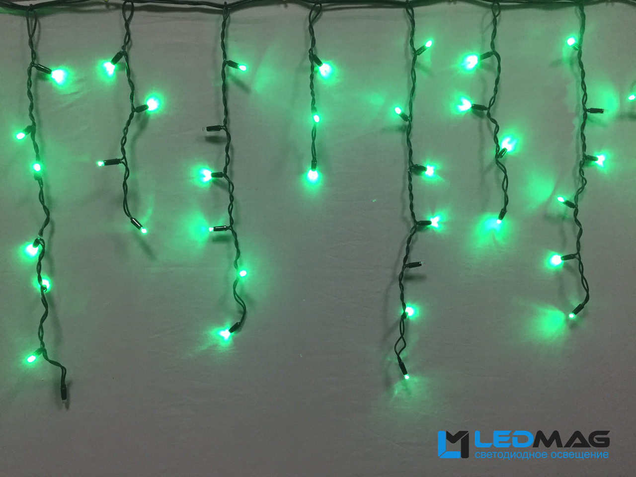 Светодиодная гирлянда уличная Бахрома Flash 3х0.7 м 100LED Каучук Зеленый