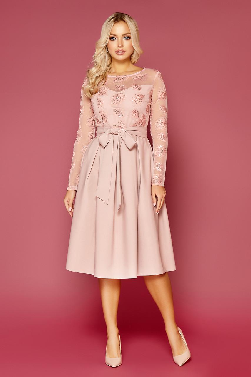 Вечернее платье средней длины с пайетками пудровый