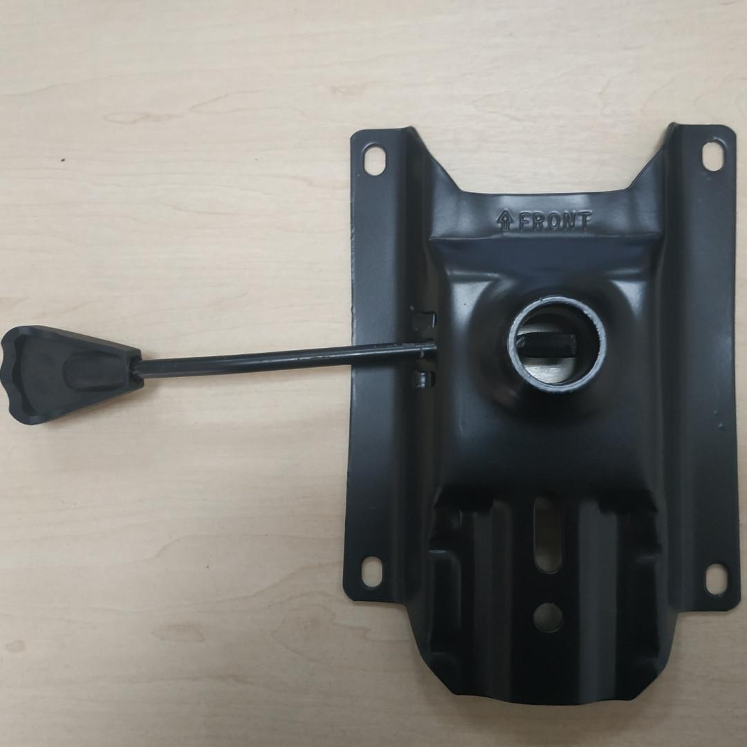 Пиастра для кресел с лапкой 140*175 мм