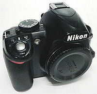 Зеркальный фотоаппарат Nikon D3100, матрица 14.8 МП (APS-C), фото 1