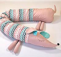 """Детская подушка-валик  """"Собачка-сплюшка"""", розовая"""