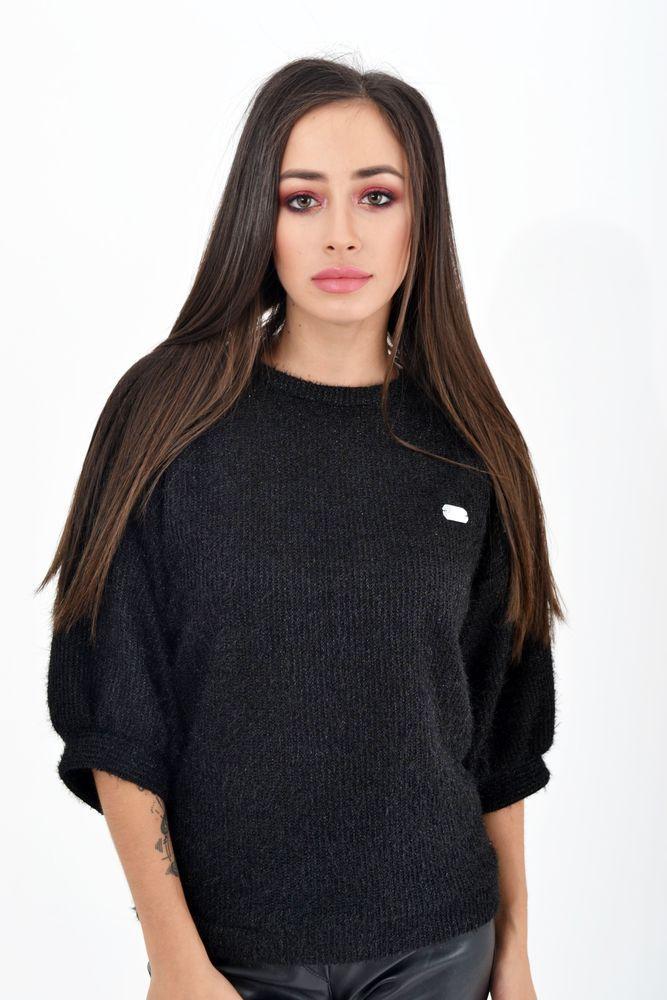 Женский свитер цвет Черный