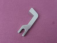 Нож верхний для бытовых оверлоков Medion
