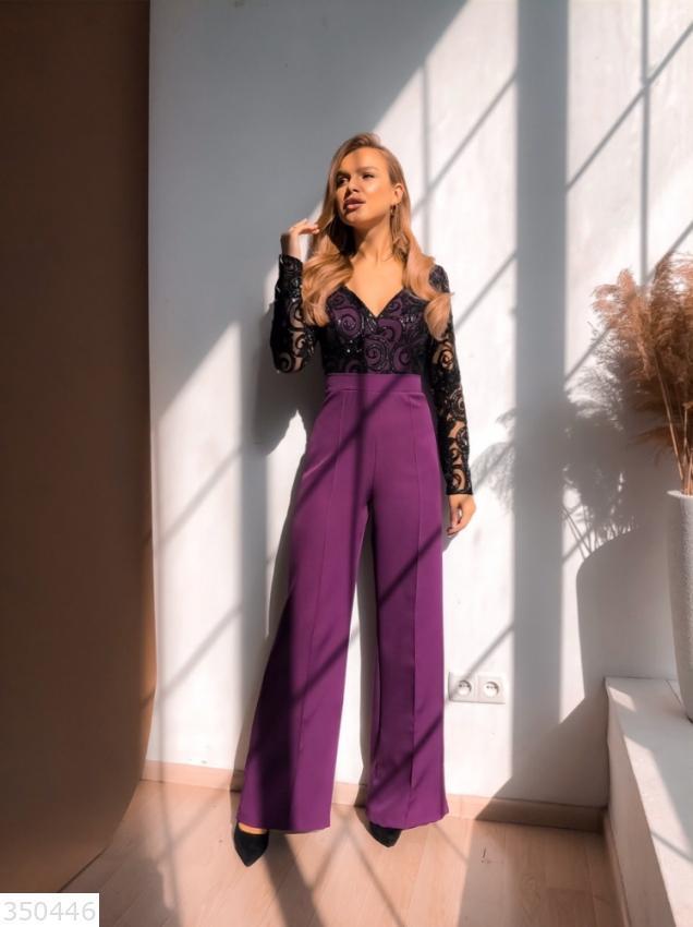 Женский вечерний комбинезон с широкими брюками и гипюровым верхом