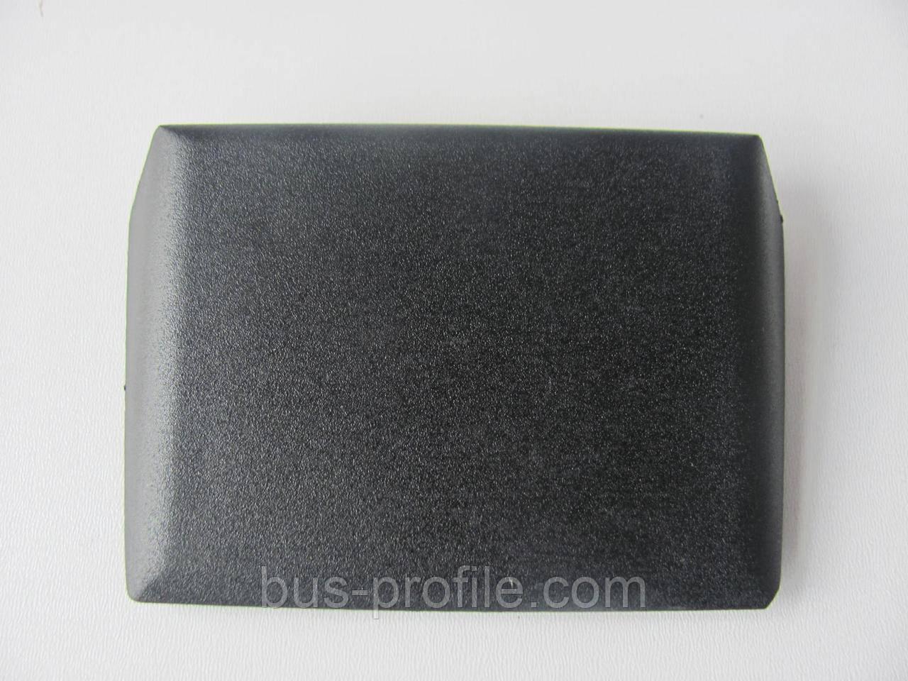 Колпачек (заглушка) боковой двери MB Sprinter 412 — MERCEDES — 9047660135