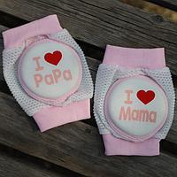 Наколенники детские с мягкими подушечками I love mama/papa розовые