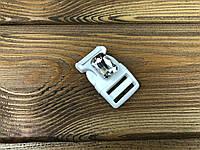 Фастекс пластиковый с камнем 019137 20мм цвет белый+белый