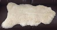 Натуральная меховая накидка из овечьей шкуры белая 1.10 см * 50 см.