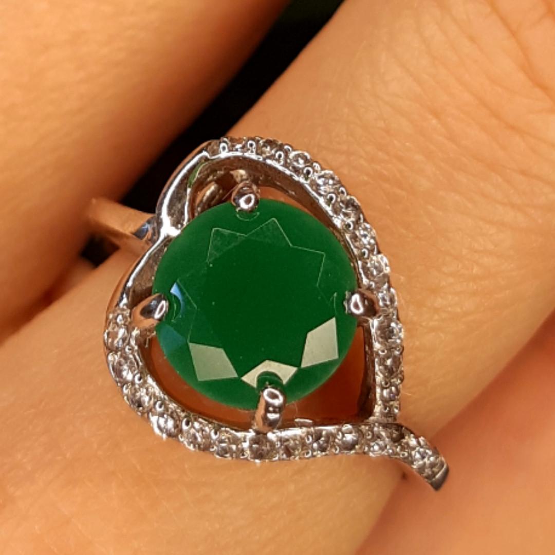 Срібне кільце із зеленим кварцом жіноче - Кільце із зеленим каменем срібло