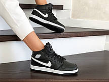 Высокие зимние подростковые кроссовки Nike Air Jordan 1 Retro,черно-белые, фото 2