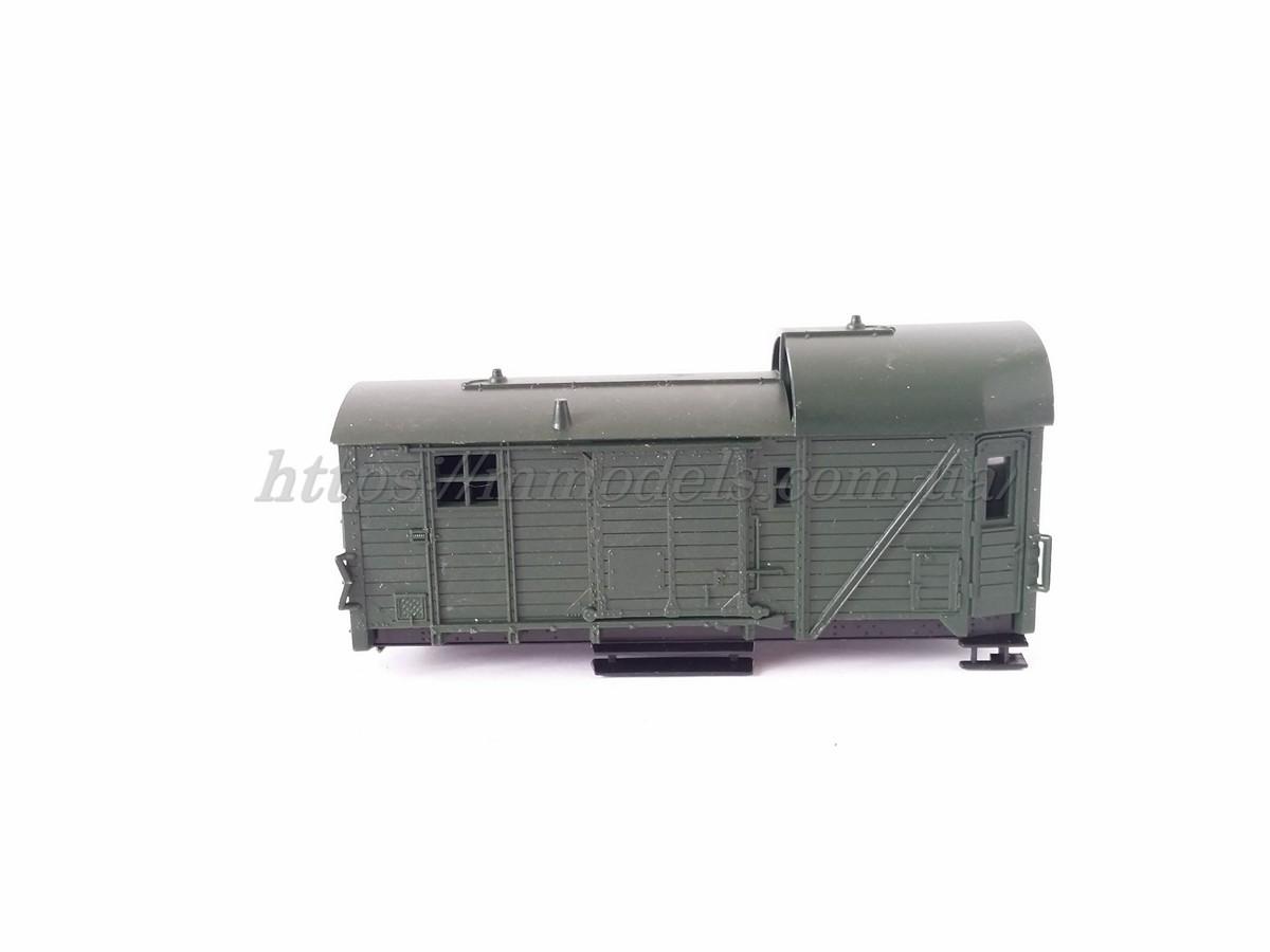 Корпус крытого вагона - теплушки  Piko, масштаба H0/1:87