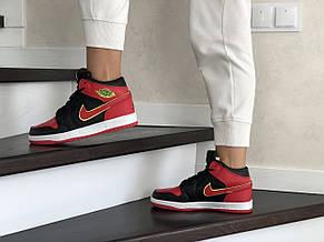 Высокие зимние подростковые кроссовки Nike Air Jordan 1 Retro,черные с красным, фото 3
