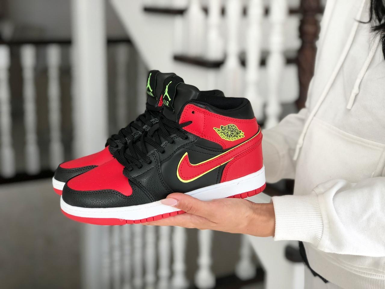 Высокие зимние подростковые кроссовки Nike Air Jordan 1 Retro,черные с красным