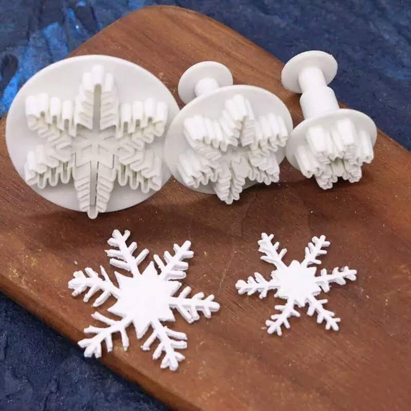 Формочка плунжер   для мастики Снежинка