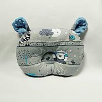 Ортопедическая подушка для младенца masterwork teddy bear холофайбер 27*38 см. серый с голубыми облаками