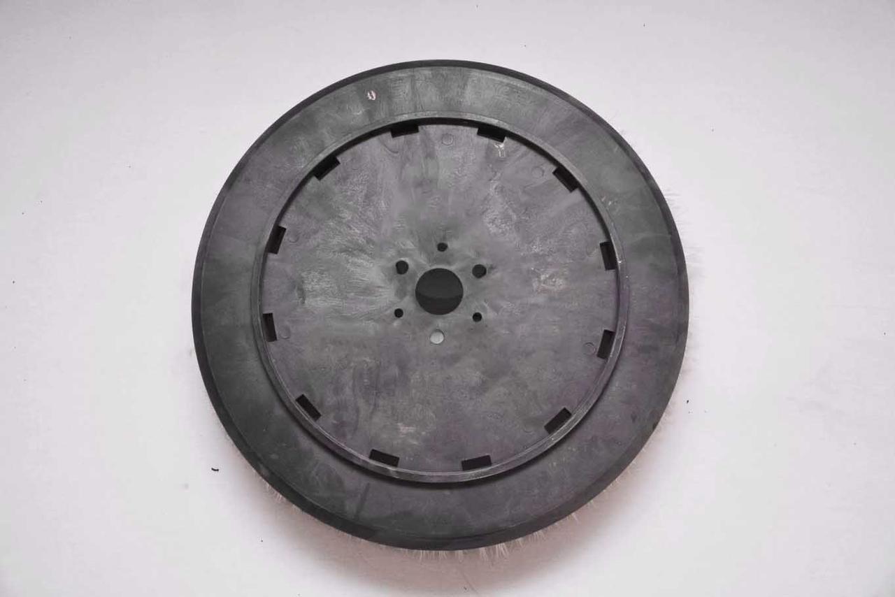Боковая пластиковая щетка Tennant 636 мм Ender Firca