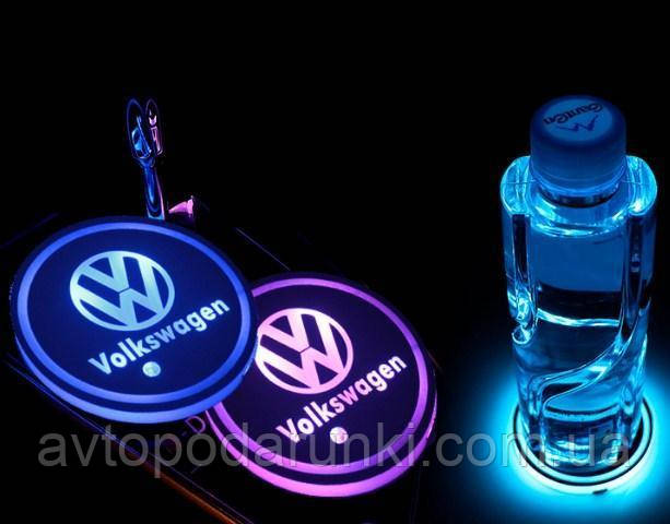 RGB Подсветка подстаканника с логотипом VW