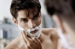 Чоловіча лінія косметики для волосся, обличчя та тіла.