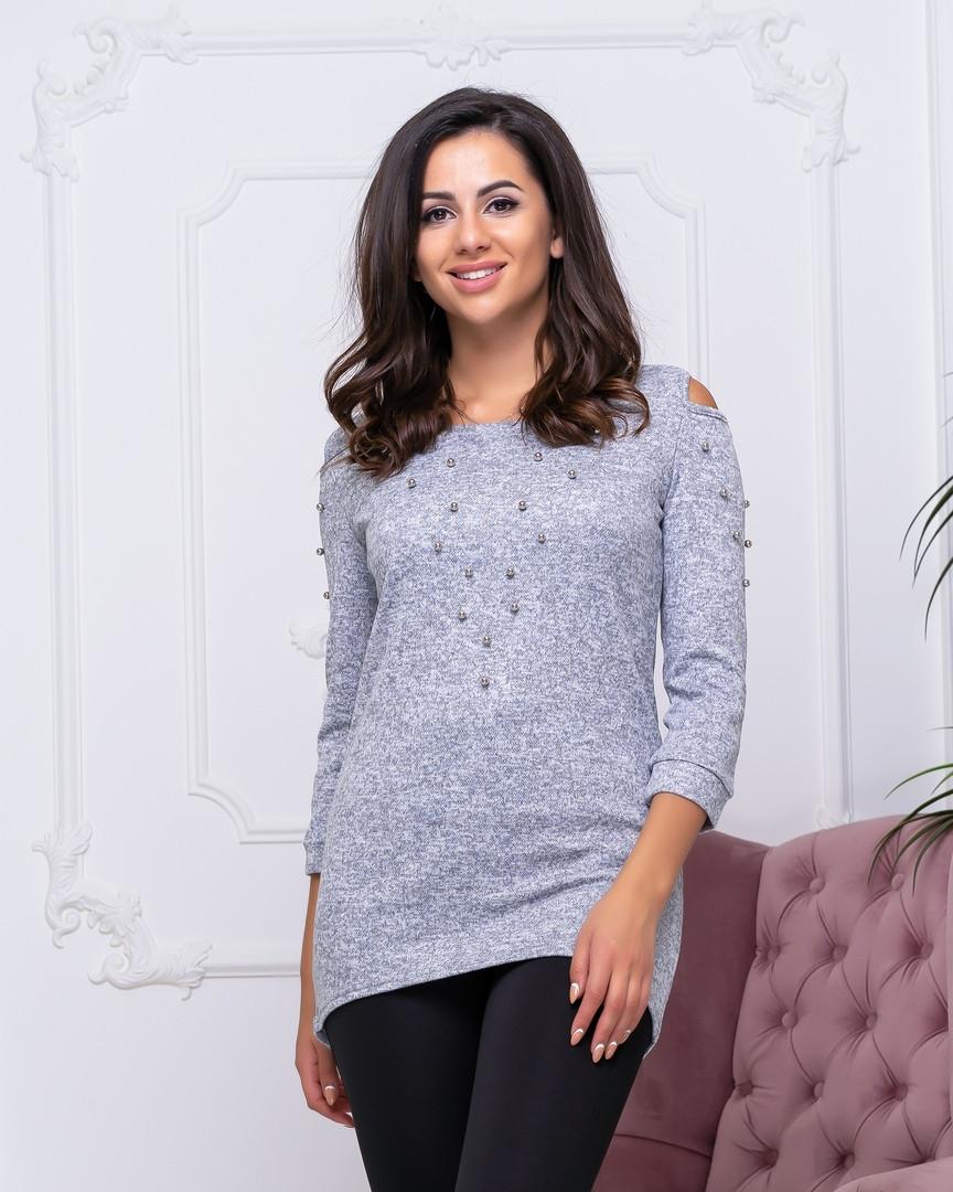 Женский свитер серого  цвета