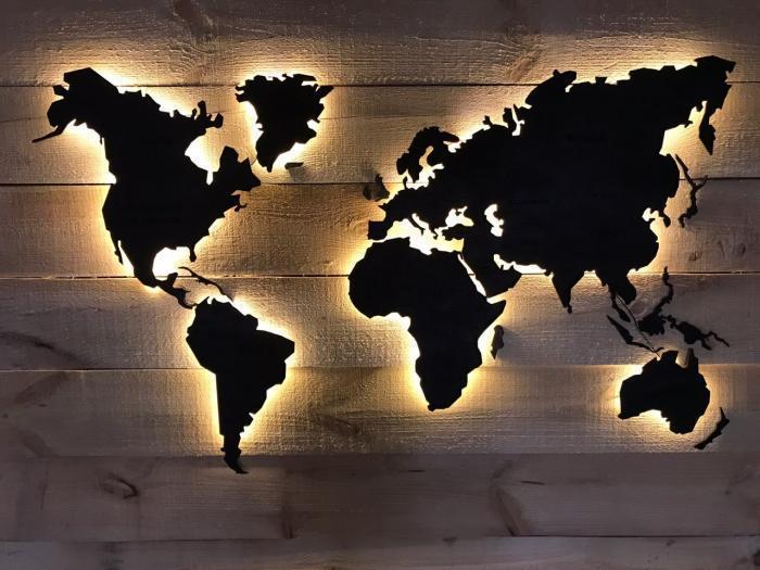 Деревянная карта Мира с LED подсветкой 125х70 см черная 6465399