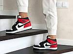 Женские зимние кроссовки Nike Air Jordan 1 Retro (бело-черные с красным), фото 2
