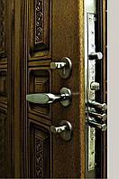 Установка входных бронированных дверей