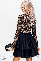 Короткое вечернее платье с контрасным кружевом и длинным рукавом черного цвета, фото 2
