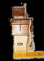 Дом с мельницами