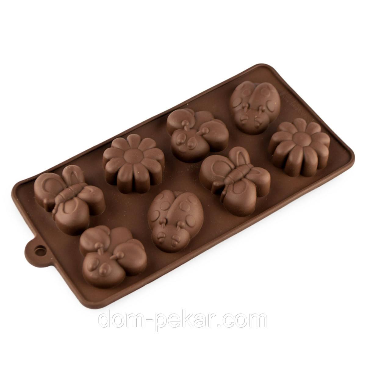 Форма для конфет силикон Божья коровка 8 шт