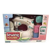 Детская швейная машинка с аксессуарами, ТМ A-Toys (851)