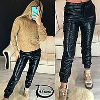 Женские кожаные штаны на манжетах 3812390