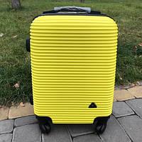 Пластиковый чемодан на колесах для ручной клади Fly 31 л (маленький), фото 1