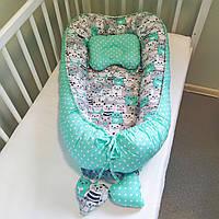 Кокон-гнездышко для новорожденных двухсторонний коты серые и мятные + подушечка