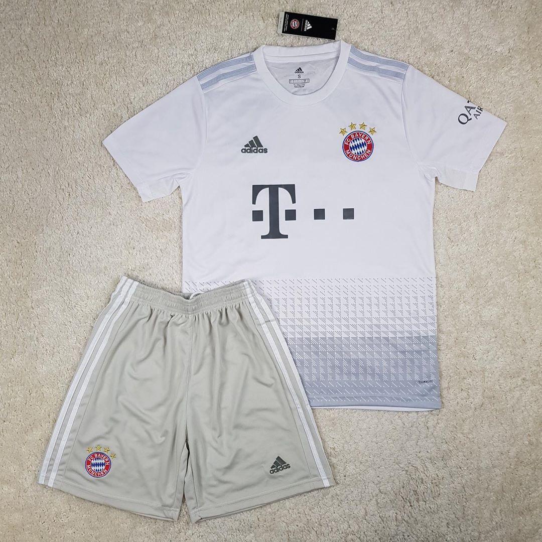 Футбольная форма Бавария/Bayern ( Германия, Бундеслига ), выездная, сезон 2019-2020