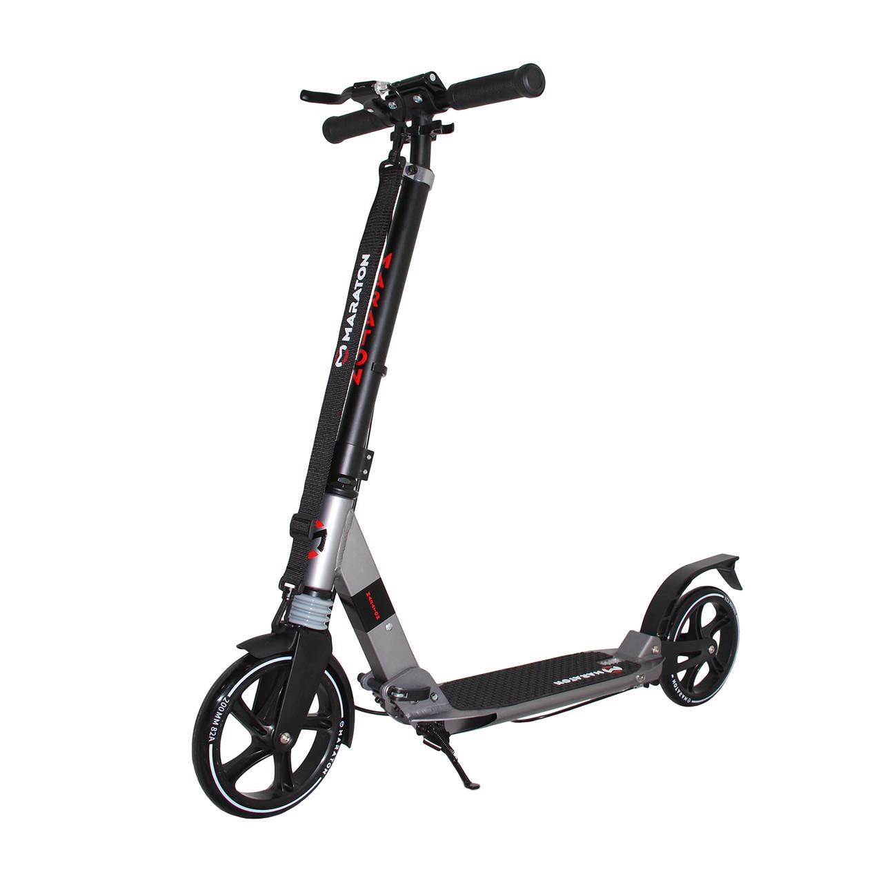 Самокат двухколесный Maraton Strider трюковый с алюминиевой рамой и ручным тормозом (черно-серый)