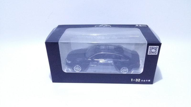 Коллекционная машинка Audi A6 масштаб 1:32 2