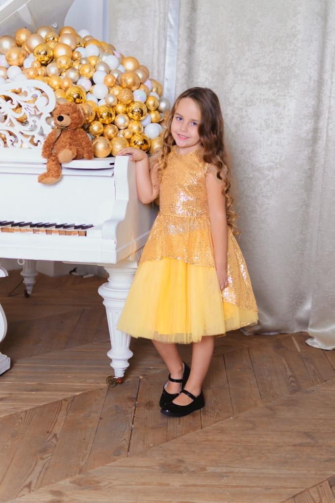 Платье  для девочек  с пышной юбочкой