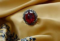 Красивое женское кольцо с большим изумрудом,в османском стиле.