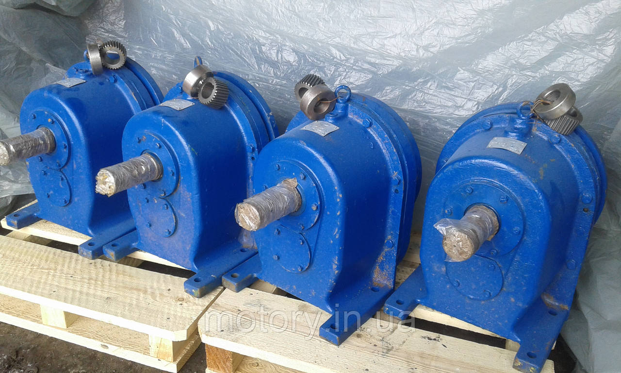 Мотор - редуктор цилиндрический 1МЦ2С125  - 112 об/мин с эл.двиг  18 кВт