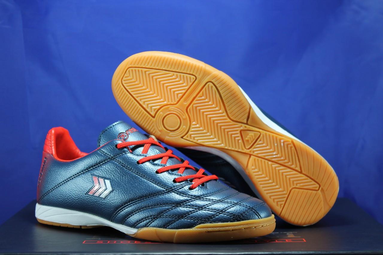 Взуття для футболу, підліткові сині з червоним бампы Restime