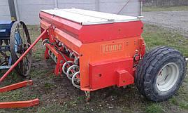 Сеялка зерновая с бункером для удобрений 2,5 м Tume б/у Т-40 ЮМЗ МТЗ, фото 2