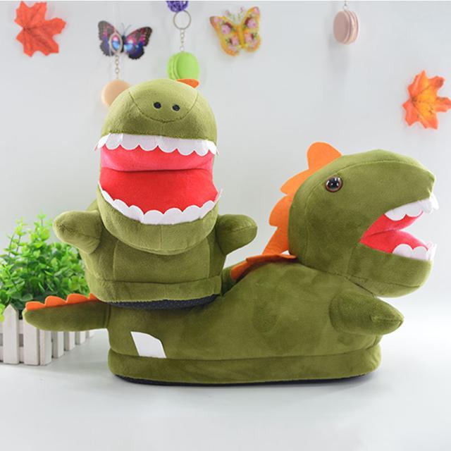 Плюшевые зеленые динозавры