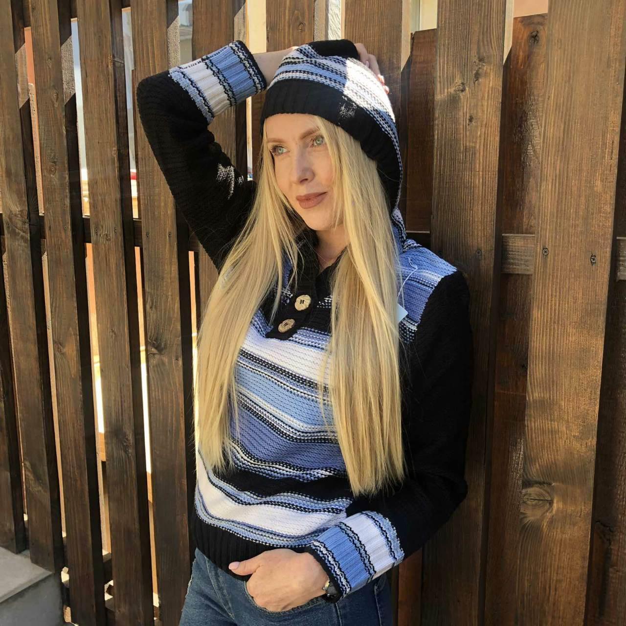 Свитер, кофта женская  брендовая высокого качества с капюшоном   R.LEEZIO, Турция