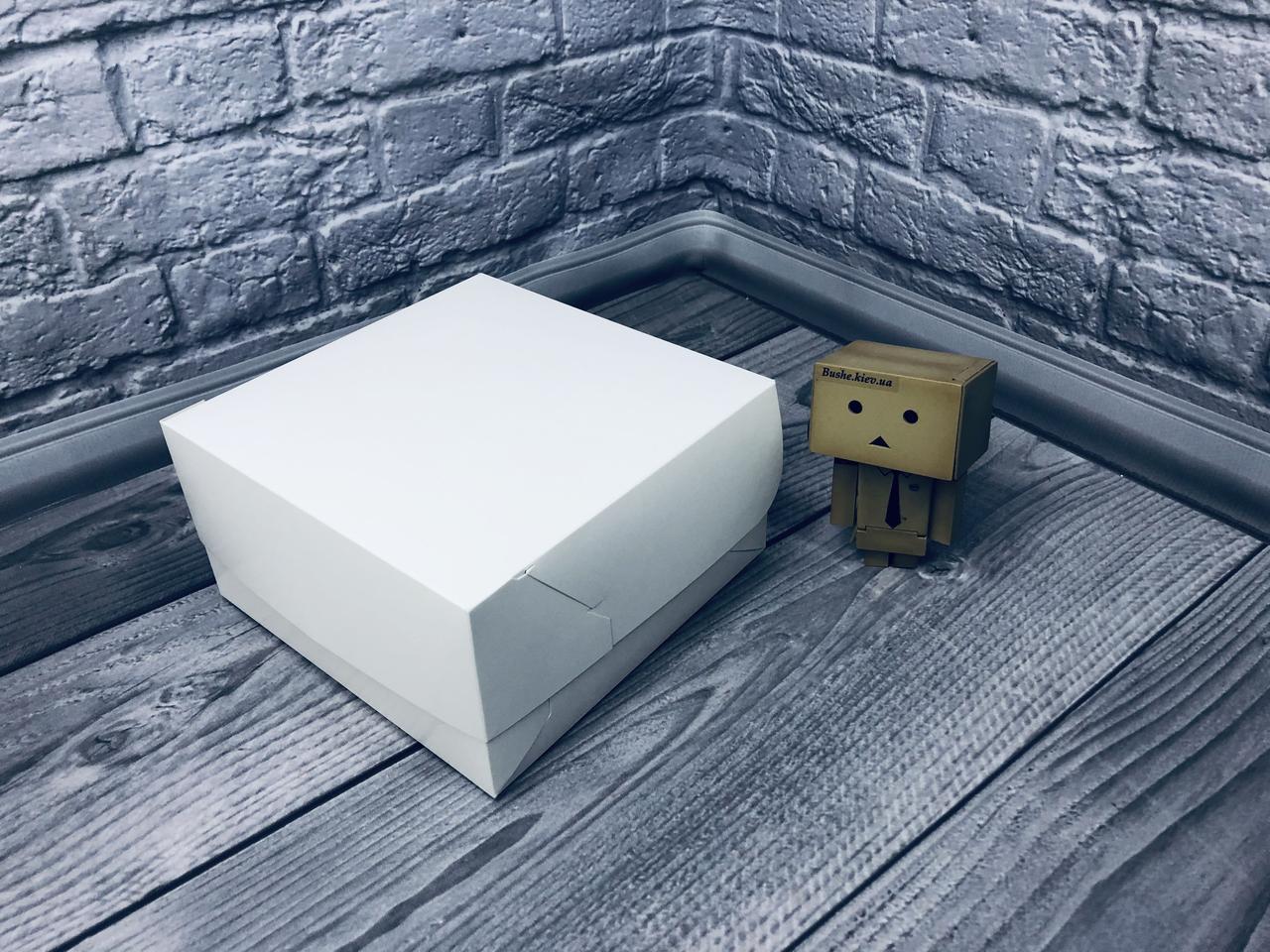 *10 шт* / Коробка для 4-ох кексов / 170х170х90 мм / Белая / б.о.