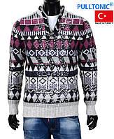 Стильный вязаный мужской свитер ,высокий воротник.
