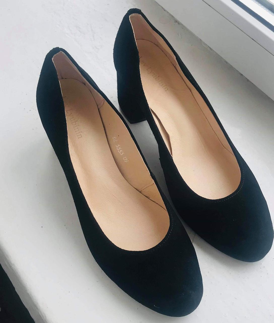Женские  туфли черные на среднем удобном каблуке. Натуральная замша. Размер 40